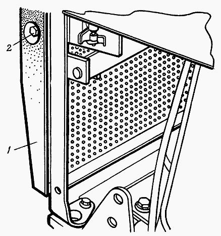 Решетка облицовки нижняя МТЗ 82 под квадратные фары 80.